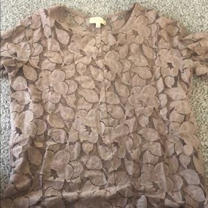 Top with leaf print
